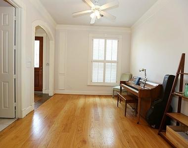 1746 W Main Street - Photo Thumbnail 3