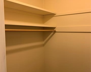 11104 Valleydale Drive - Photo Thumbnail 12