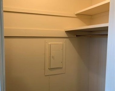 11104 Valleydale Drive - Photo Thumbnail 10