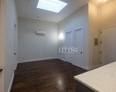 12 Belvidere Street - Photo Thumbnail 8