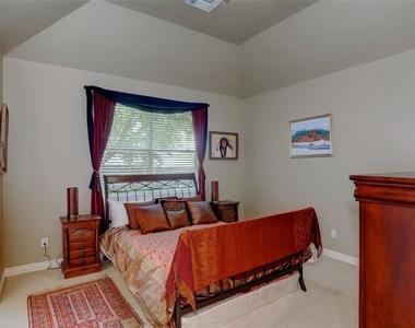 14010 Barnhart Boulevard - Photo Thumbnail 9