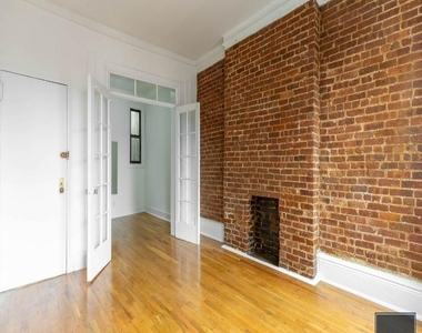1588 1st Avenue - Photo Thumbnail 3