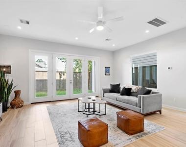 1716 Bingham Street - Photo Thumbnail 9
