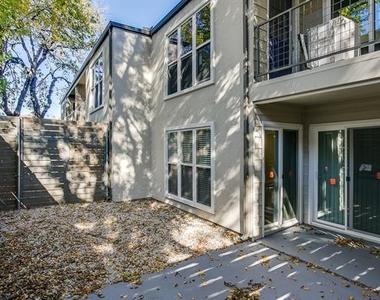2902 Douglas Avenue - Photo Thumbnail 15