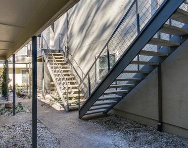 2902 Douglas Avenue - Photo Thumbnail 19