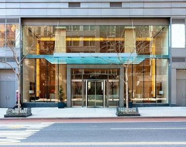 2nd Ave & E 34th St - Photo Thumbnail 9