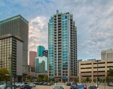 Downtown & Midtown 421 - Photo Thumbnail 12