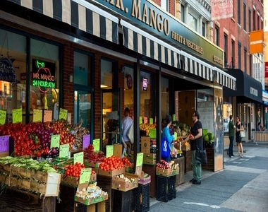 Livingston Street - Photo Thumbnail 11