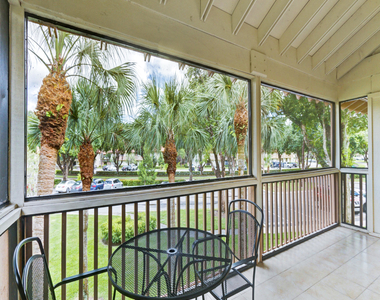 206 Brackenwood Terrace - Photo Thumbnail 36