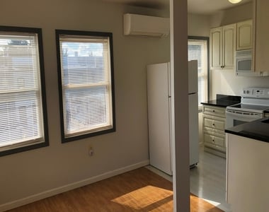 600 Keefer Place Nw - Photo Thumbnail 4