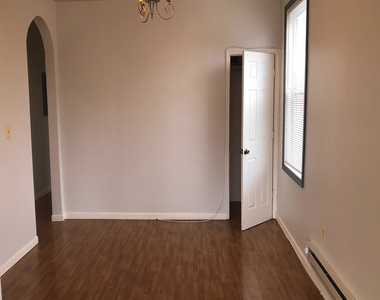 600 Keefer Place Nw - Photo Thumbnail 6