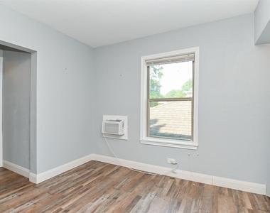 4206 Walker Street - Photo Thumbnail 4