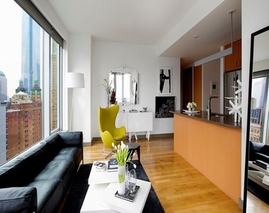 8 Spruce Street - Photo Thumbnail 2