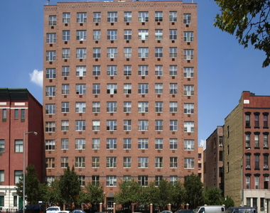 East 2nd Street - Photo Thumbnail 6
