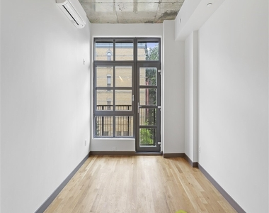 93 Linden Street, Brooklyn, NY 11221 - Photo Thumbnail 8