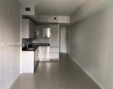 1010 Brickell Ave - Photo Thumbnail 18