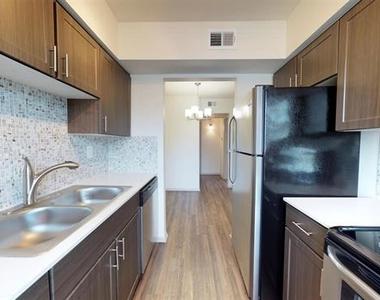 4708 Abbott Avenue - Photo Thumbnail 4