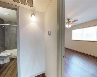 4708 Abbott Avenue - Photo Thumbnail 5
