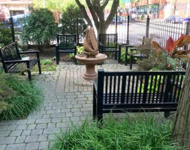 611 West Patterson Avenue - Photo Thumbnail 2
