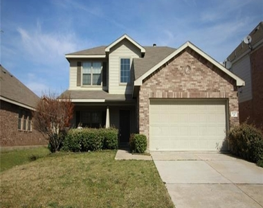 617 Twin Knoll Drive - Photo Thumbnail 0