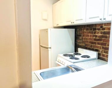 East 87th Street - Photo Thumbnail 8