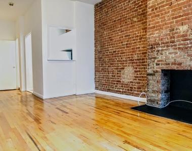 East 87th Street - Photo Thumbnail 2