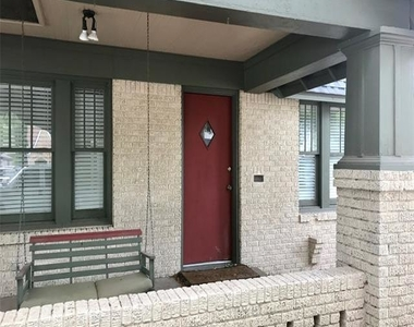 3216 Cockrell Avenue - Photo Thumbnail 1