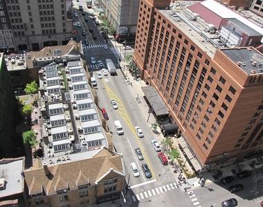 10 East Ontario Street - Photo Thumbnail 9