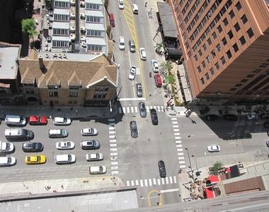 10 East Ontario Street - Photo Thumbnail 11