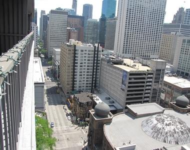 10 East Ontario Street - Photo Thumbnail 12