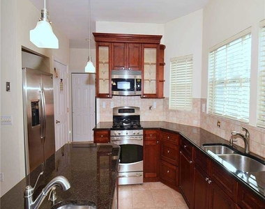 312 S Ocean Avenue - Photo Thumbnail 11