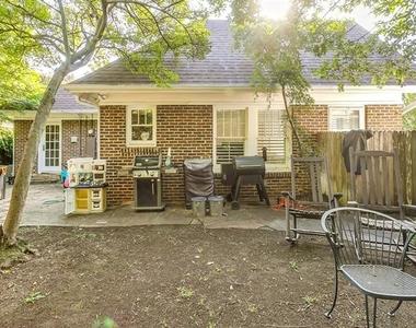 2606 Cockrell Avenue - Photo Thumbnail 21