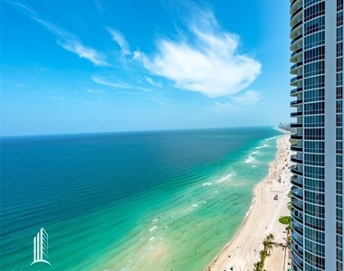 15901 Collins Ave - Photo Thumbnail 12