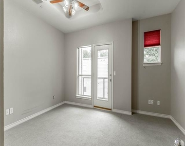 4315 Holland Avenue - Photo Thumbnail 19