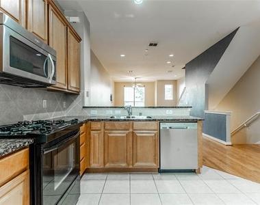 4315 Holland Avenue - Photo Thumbnail 8