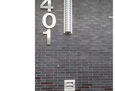 401 West 33rd Street - Photo Thumbnail 4