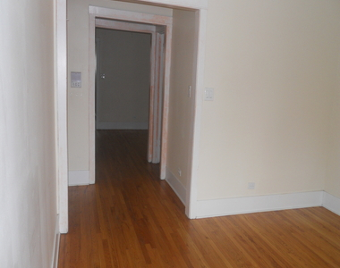 4608 North Leavitt Street - Photo Thumbnail 13