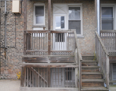 4608 North Leavitt Street - Photo Thumbnail 15
