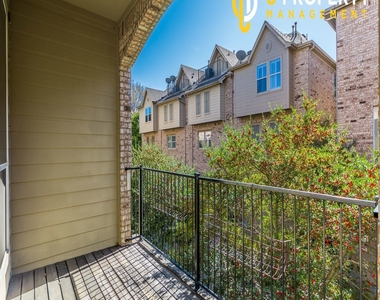 3707 Wycliff Ave - Photo Thumbnail 20