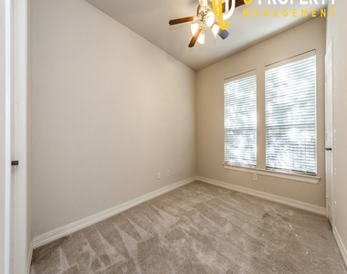 3707 Wycliff Ave - Photo Thumbnail 13
