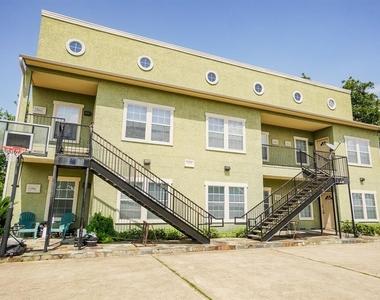 3463 Elgin Street - Photo Thumbnail 3