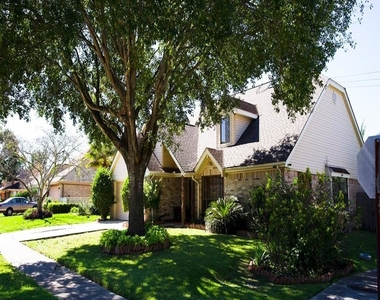 2431 Barrington Place Drive - Photo Thumbnail 1