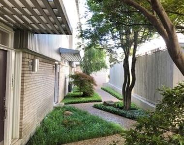 3321 Cole Avenue - Photo Thumbnail 18