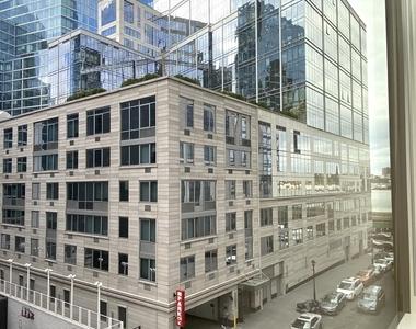 400 West 63rd Street - Photo Thumbnail 14
