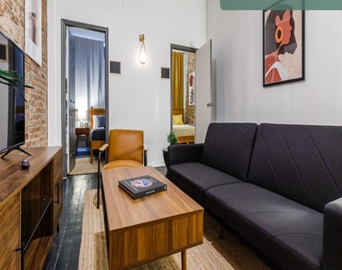 36 West 26th Street - Photo Thumbnail 3