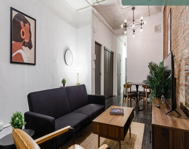 36 West 26th Street - Photo Thumbnail 4