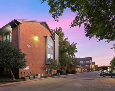 4554 Glenwick Lane - Photo Thumbnail 4