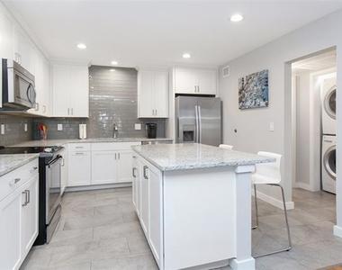 5326 Fleetwood Oaks Avenue - Photo Thumbnail 1