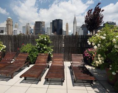 East 34th Street + Park Avenue - Photo Thumbnail 7