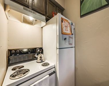 5811 Reiger Ave Apt. 8 - Photo Thumbnail 9